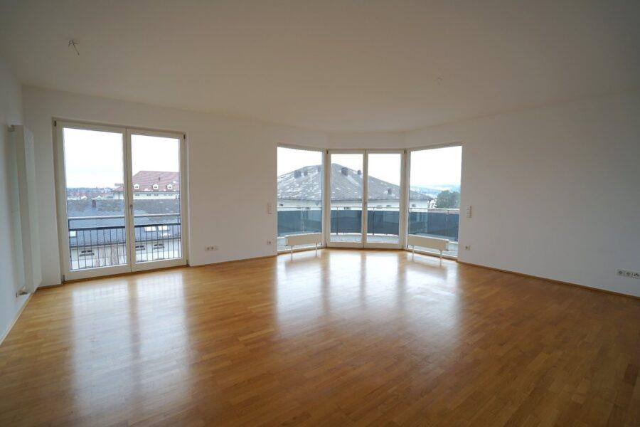 !VERMIETET! Hochwertige 3-Zimmer Wohnung mit Südwest-Balkon am Michelsberg 89075 Ulm, Etagenwohnung