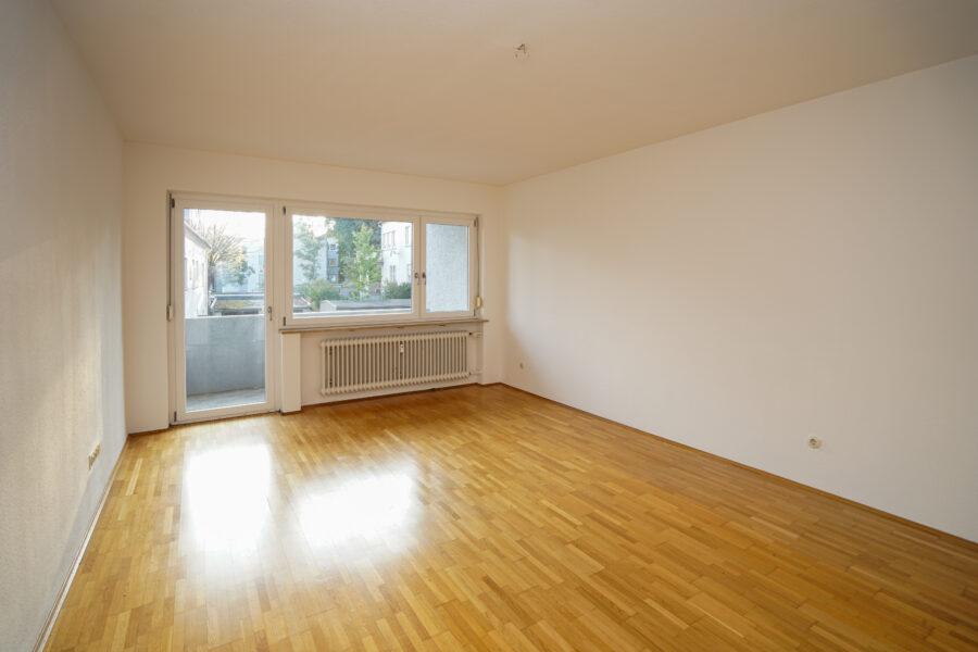 VERMIETET! Gemütliche 2-Zimmer Wohnung am Michelsberg mit West-Balkon 89075 Ulm, Etagenwohnung
